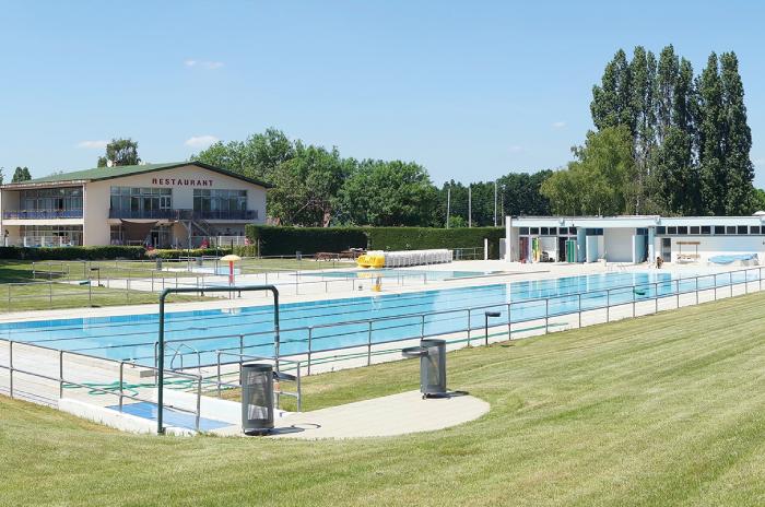 Ville de villecresnes centre aquatique de villecresnes for Piscine villecresnes